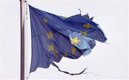 eu-vlag-aan-flarden