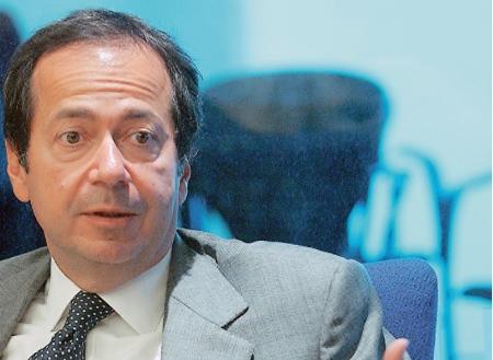 ΤΖΟΝ ΠΟΛΣΟΝ Συγκαταλέγεται στους 100 πλουσιότερους ανθρώπους του κόσμου και ήδη έχει συμμετοχές σε ελληνικές εταιρείες, όπως στη Eurobank, την ΕΥΔΑΠ, την Alpha Bank, την Πειραιώς.
